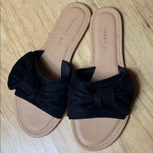 Madden Girl Black Bow Sandals Size 7.5 Slides